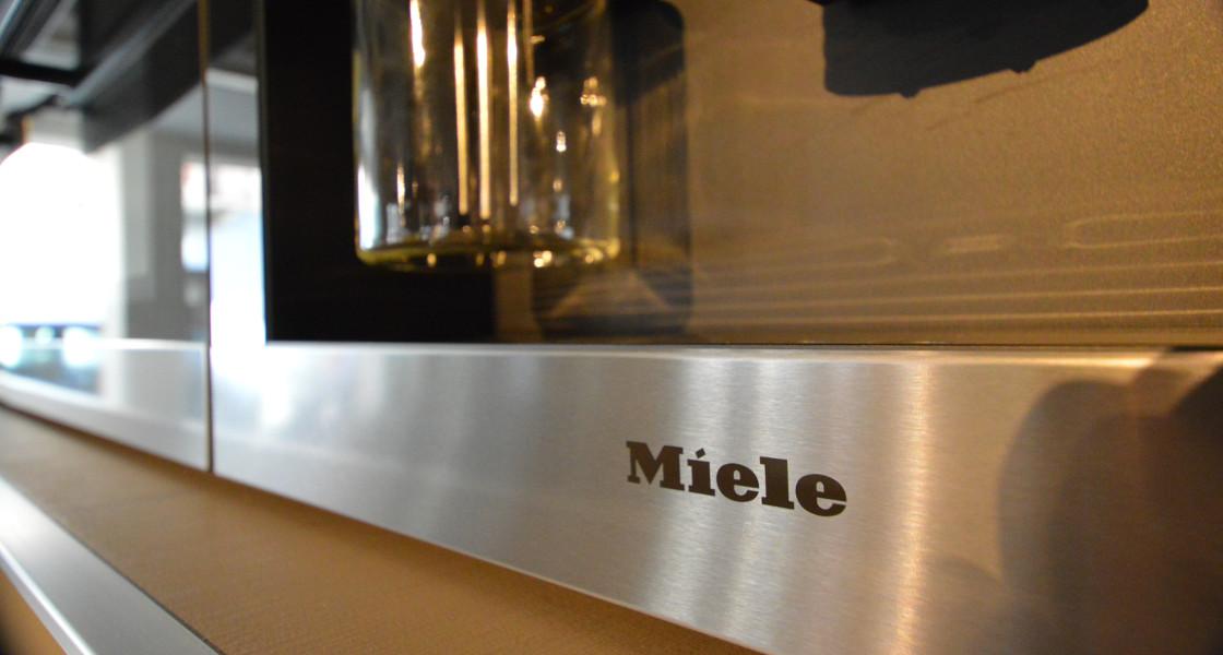 Miele center arredamento idea biella for Arredamento biella