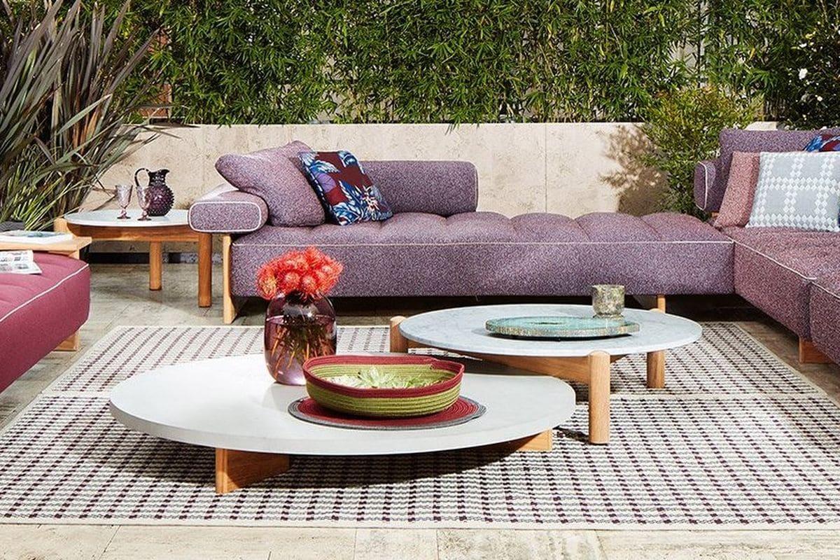 Esterno da sogno con i mobili della collezione Cassina Outdoor 2020